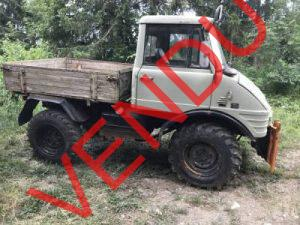 a vendre unimog 421 army de 1968 avec 80 39 000 km dans l 39 tat de fonctionnement non expertis e. Black Bedroom Furniture Sets. Home Design Ideas